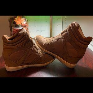 Women's Skechers Wedge boot